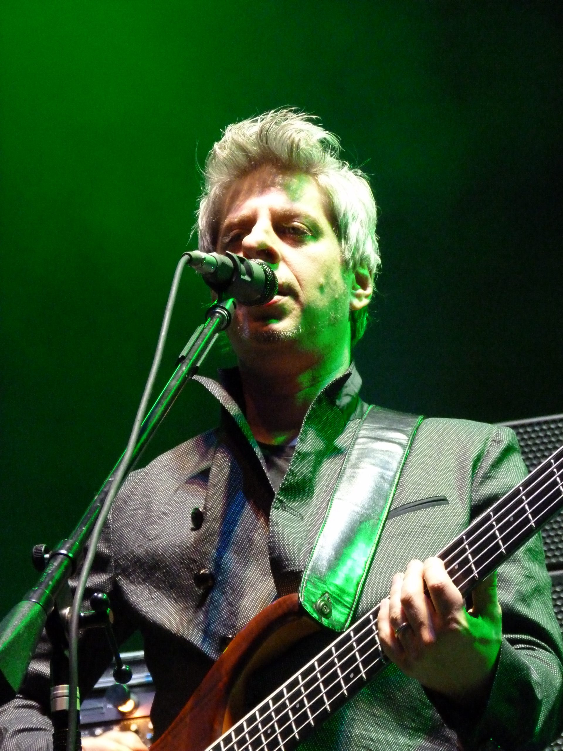 Mike Gordon performs Oct. 31, 2013 at Boardwalk Hall in Atlantic City, NJ (photo credit: Shaun Smith)