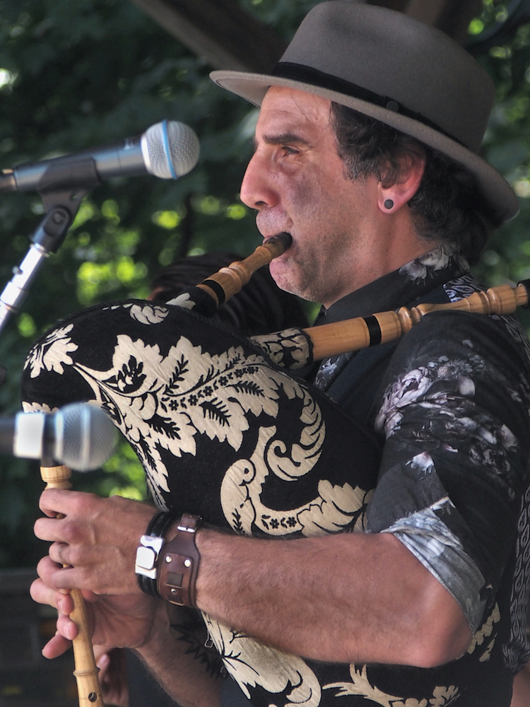 Gabriel Gonzalez Diges of Baile An Salsa plays Galician pipes during the Celtic Workshop on the Camp Stage at the 56th annual Philadelphia Folk Festival (The High Note/ Shaun R. Smith).